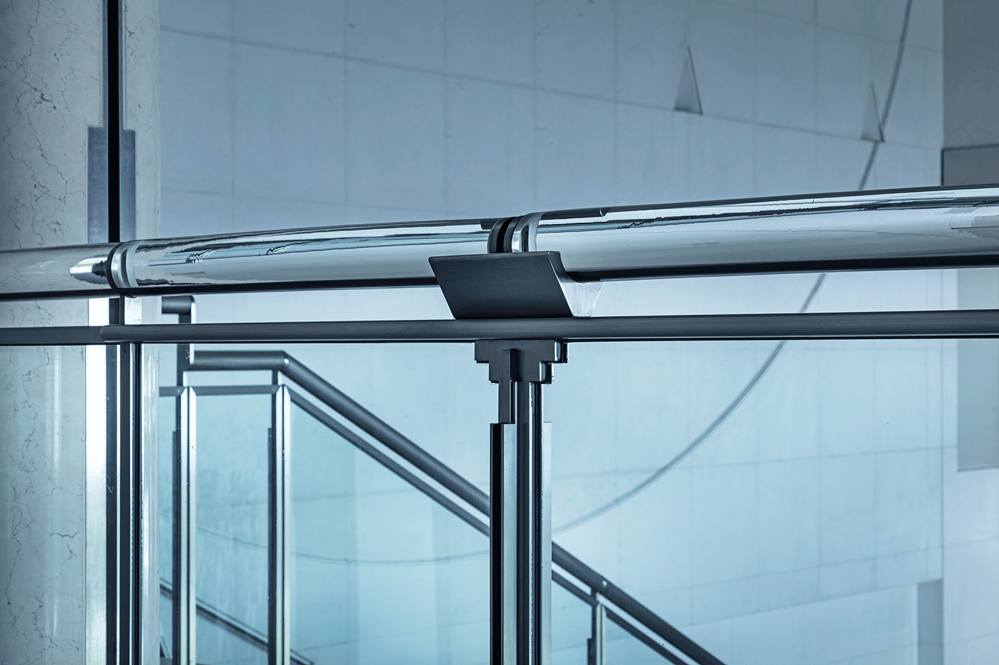The National Museum of Modern Art, Kyoto stairway rails. Photo by Hasegawa Kenta