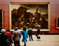 トーマス・シュトゥルート《ルーヴル美術館4、パリ》 1989年
