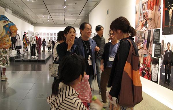 ミュージアム・アクセス・ビューとの連携による鑑賞ツアー