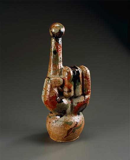 河井寬次郎《三色打薬陶彫》1962(昭和37)年 京都国立近代美術館