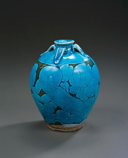 河井寬次郎《孔雀緑人形図壺》1923(大正12)年 京都国立近代美術館