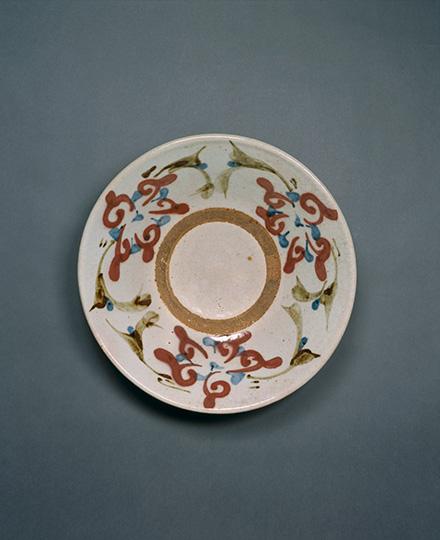河井寬次郎《白地辰砂草花図鉢》1942(昭和17)年 京都国立近代美術館