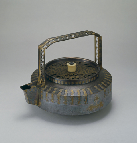 信田洋《蒸発用湯沸瓶》1934年