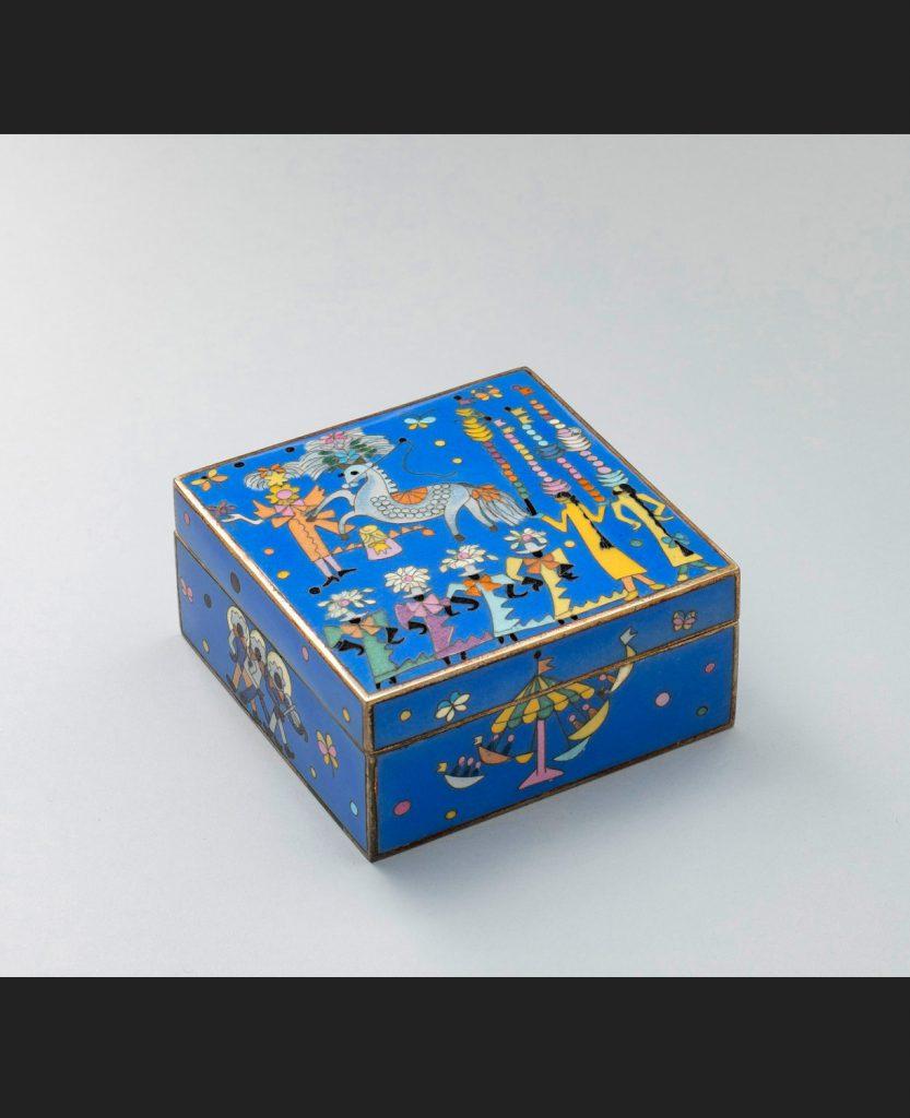 [製作:稲葉七宝]《七宝飾箱:馬のサーカスⅠ》 1950年頃[1987年再製作]